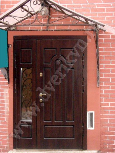 входная двер металлическая со стеклопакетом